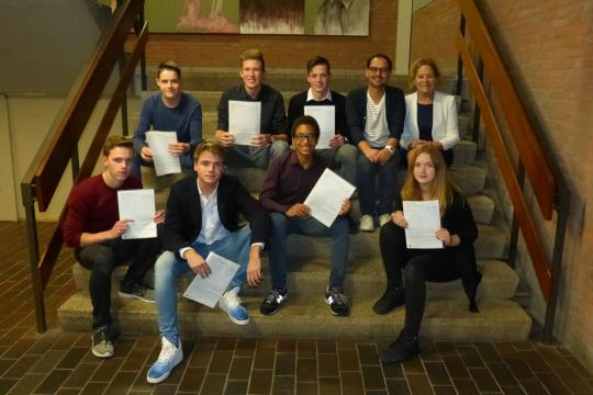 Global Perspectives certificates 2016 at the Philips van Horne.